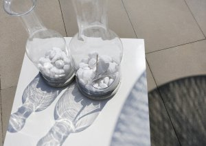 butelka-szklana-z-podstawa-betonowa-bottle-specjal.1